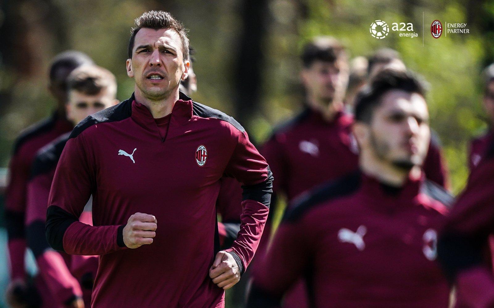 Verso Parma – Milan, Pioli può sorridere: Leao, Mandzukic e Diaz in gruppo